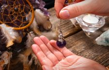 How to use the online psychic reading business?